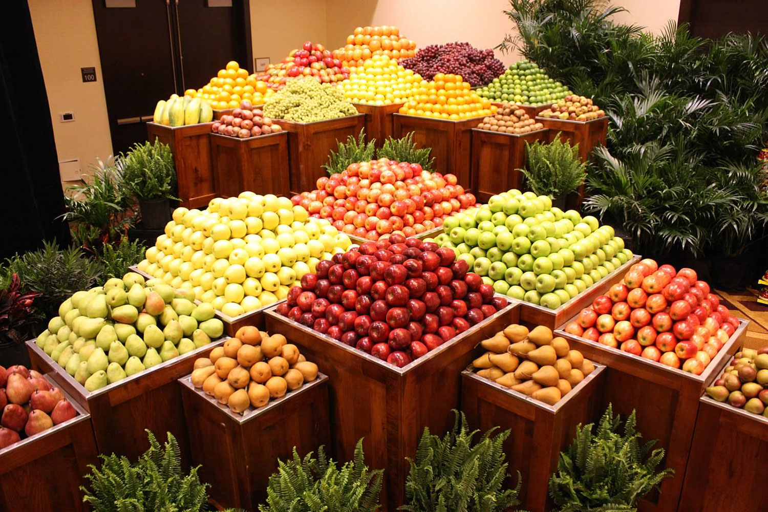 produce-display-3.jpg